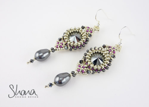 Eleganza Earrings (2019)